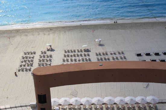 Beach Palace: Balcony