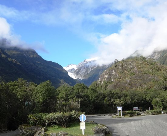 Bella Vista Motel Franz Josef Glacier : Franz Josef from Bella Vista