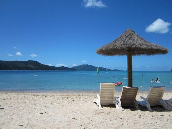 Lagoon Lodge: catseye beach