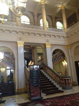 The Grosvenor Hotel: Foyer of the hotel