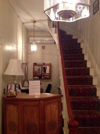 Salem Inn : First floor & check-in desk; stairs lead upward.
