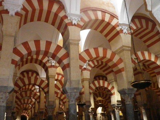 Cathédrale de Cordoue : voûtes,colonnes