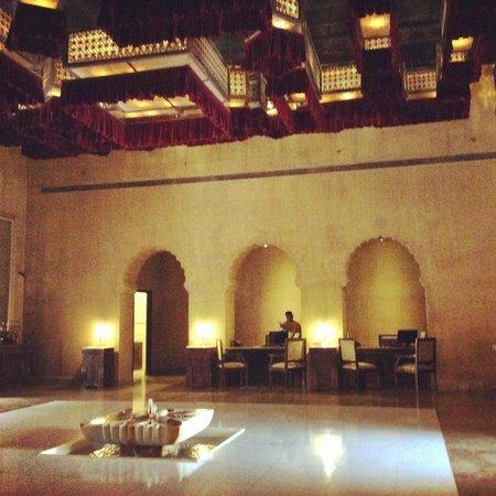 Suryagarh : lobby