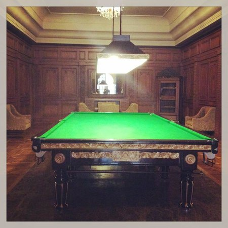 Suryagarh : billiard room