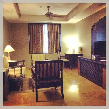 Suryagarh : the living room space@signature suite