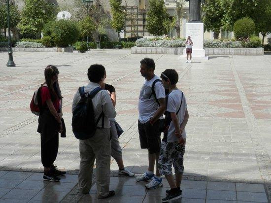 Athens Free Walking Tour : Athènes vue du rocher de Mars
