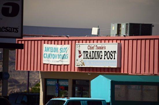 Antelope Slot Canyon Tours: THE HEADQUARTERS