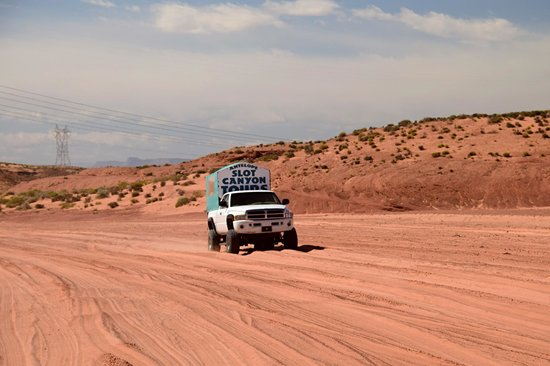 Antelope Slot Canyon Tours: THE TRIP ON THE DRY RIVER BED