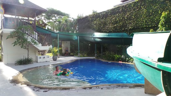 Sanur Paradise Plaza Suites: Waterslide