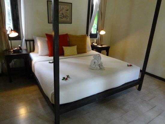 Anantara Lawana Koh Samui Resort : ベッド