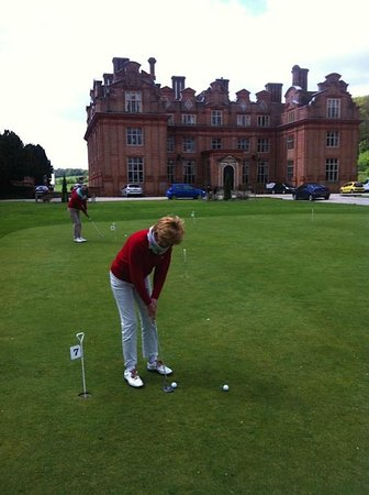 Broome Park Golf Club: Putting green