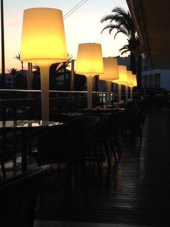 Simbad Hotel: Hotel-Terrasse