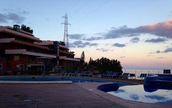 Residence Letojanni: Vista prospettica dalla sala ristoro.