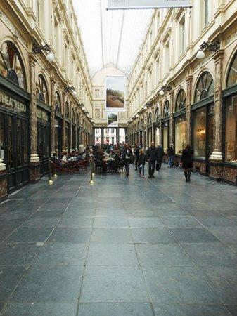Les Galeries Royales Saint-Hubert : Interno della Galleria