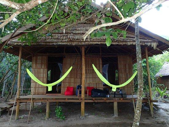 Raja Ampat Biodiversity Eco Resort : Habitación