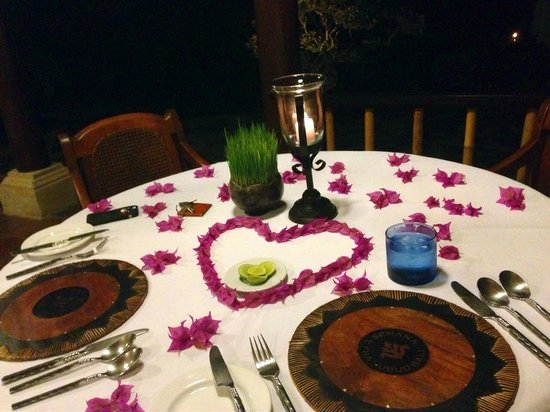 Villa Semana : Nice decoration for our candle night dinner~