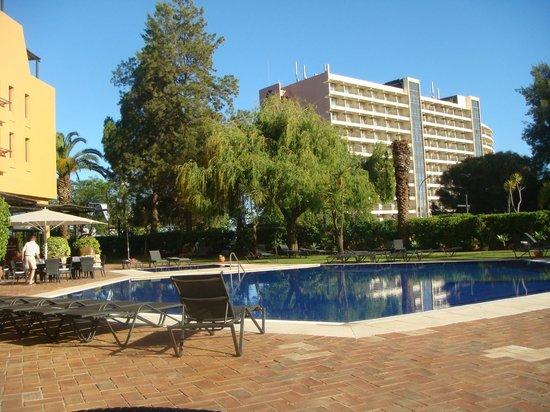 Dom Pedro Marina : Swimming Pool and gardens.