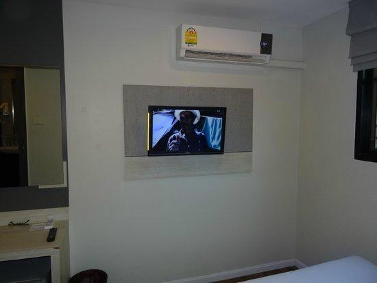 Tv изображение Bett Pattaya Hotel паттайя Tripadvisor