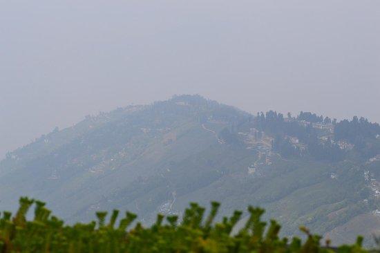 The Retreat: balcony view