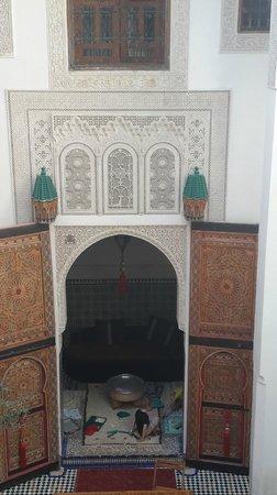 Dar 7 Louyat : cour du Riad