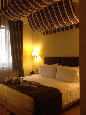 Hotel Milano & Spa: Letto