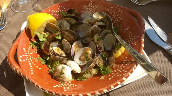 The Square: Poached clams