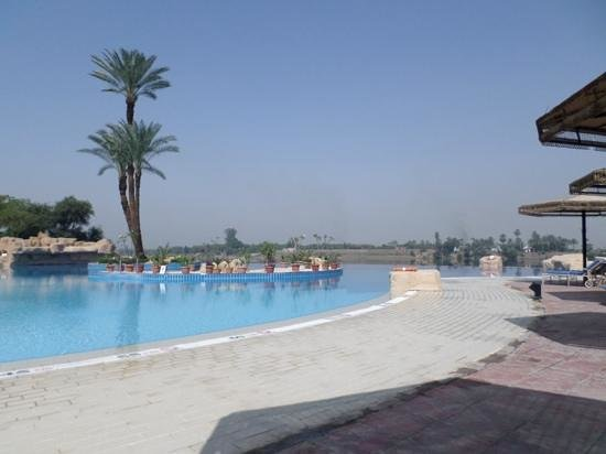 Jolie Ville Hotel & Spa - Kings Island, Luxor : the infinity pool