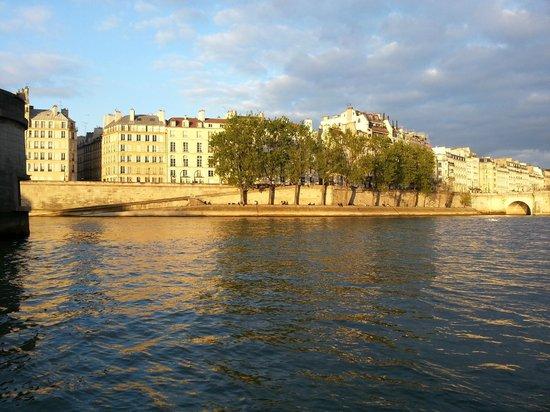 River Limousine: Superbe Ile Saint Louis