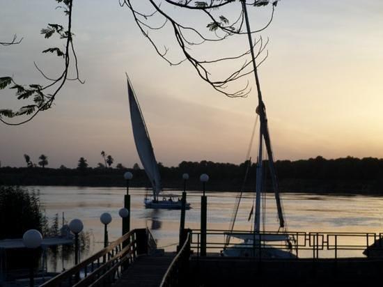 Maritim Jolie Ville Kings Island Luxor: sunset from the terrace