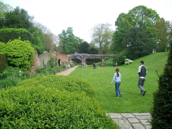 Eltham Palace and Gardens : The Gardens