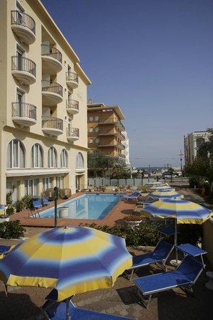hotel europa misano adriatico vacanza urlaub