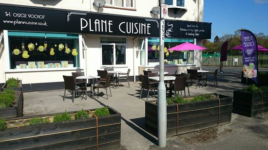 A sunny day at Plane Cuisine