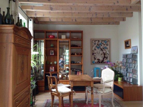 Villa Sanluca : Столовая-гостинная