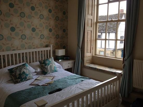 The Red Lion: our room