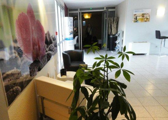 Kyriad Montpellier Sud - Lattes: Hall KYRIAD LATTES