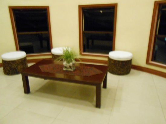 NagaLand Hotel: 2nd floor landing area