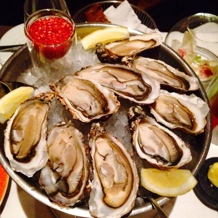 Pearl Brasserie: Oysters of the Pearl