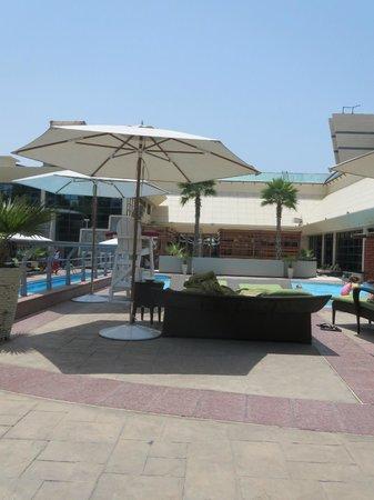 Jumeirah Creekside Hotel: Poolbereich
