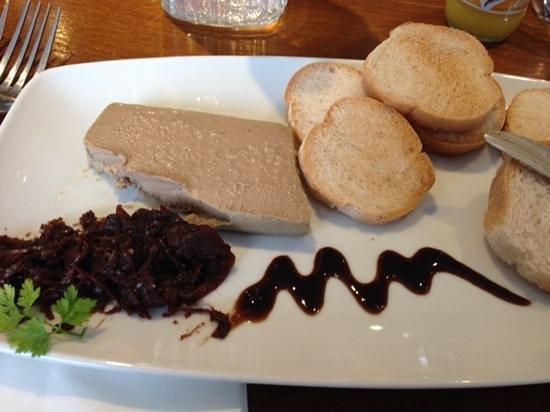 Biddestone Arms : chicken liver pate and gluten free toast!