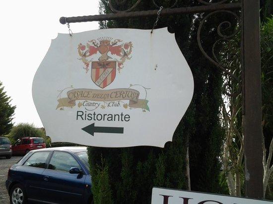 Casale della Certosa: insegna del ristorante