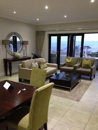 Quarters Hermanus : Lounge dining Room