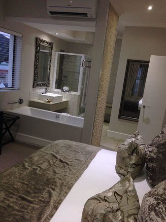Quarters Hermanus : Bedroom