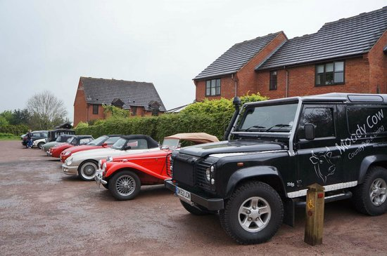 The Moody Cow : Moody Cow Land Rover in very good company