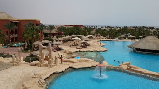Laguna Vista Beach Resort: Вид из лоббио