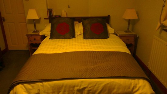 Thornhill View Bed & Breakfast: Double bed on ground floor