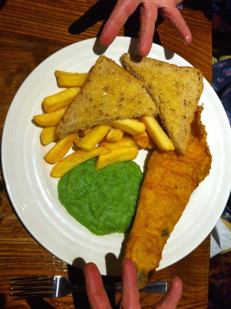 Premier Inn Oxford South (Didcot) Hotel: the fish and chips!