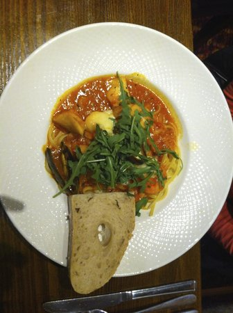 Premier Inn Oxford South (Didcot) Hotel: Fish dish!