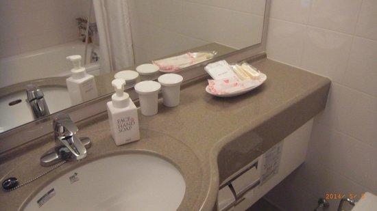 Hotel Wing International Himeji : アメニティもそれなりに