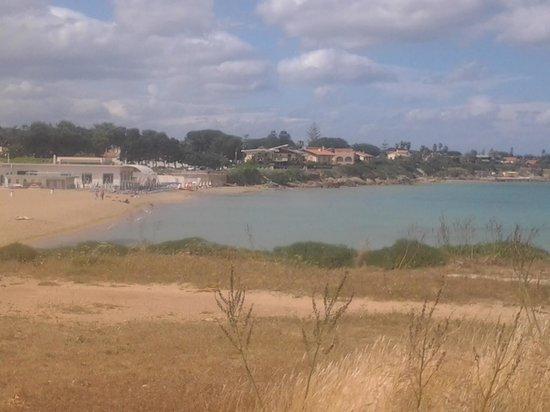 VOI Arenella resort: spiaggia