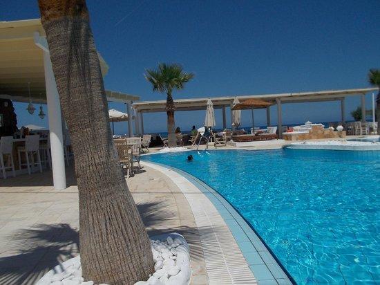 Parthenis Beach: pool